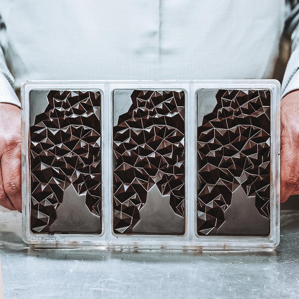 Moulage d'une tablette de coffola